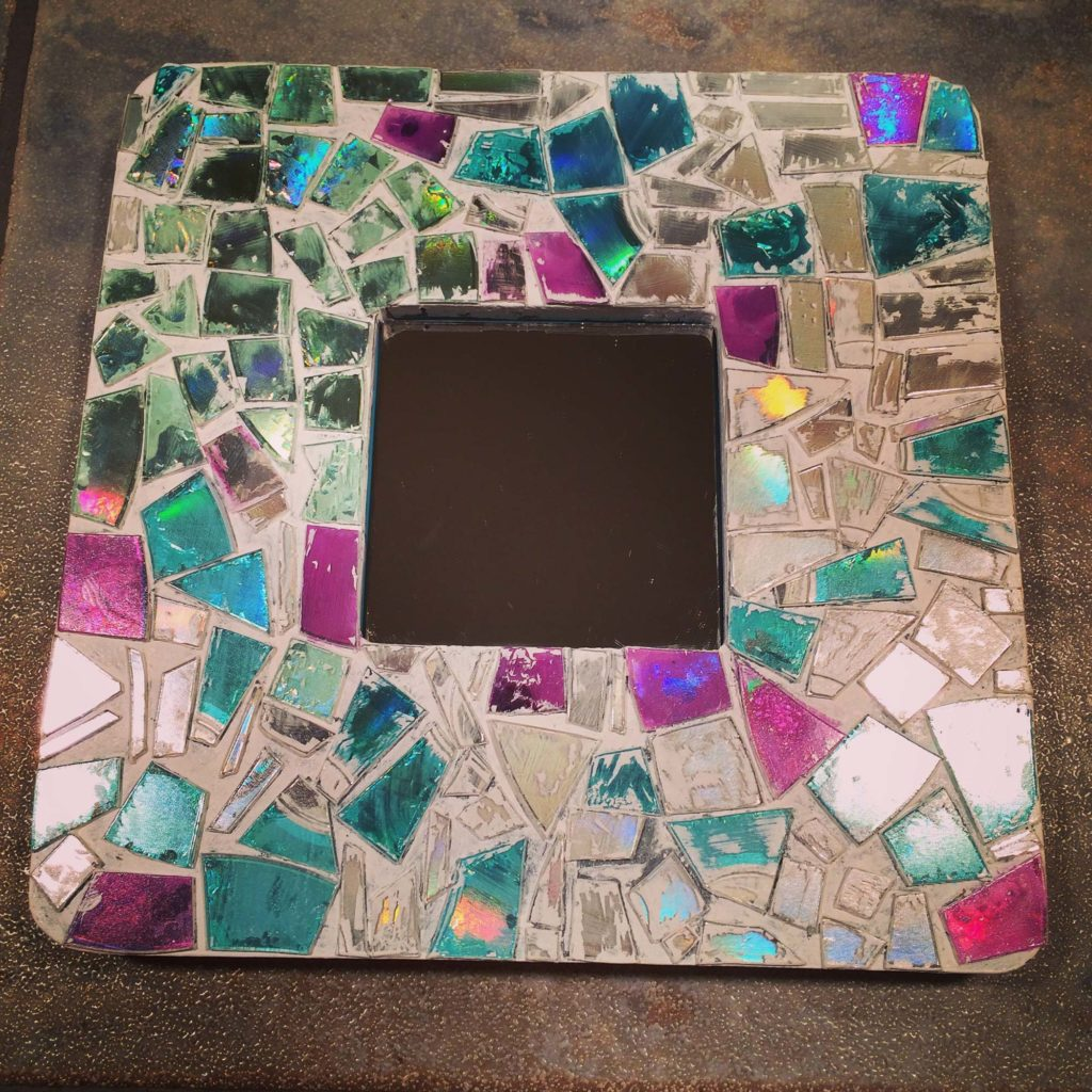 DIY: Mosaic thrift frame | Crafting with Crap