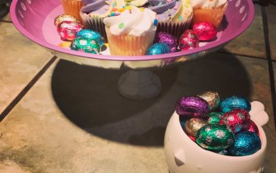 DIY: Easter display stand